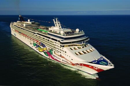 02 Norwegian Jewel