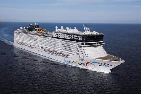 02 Norwegian Epic